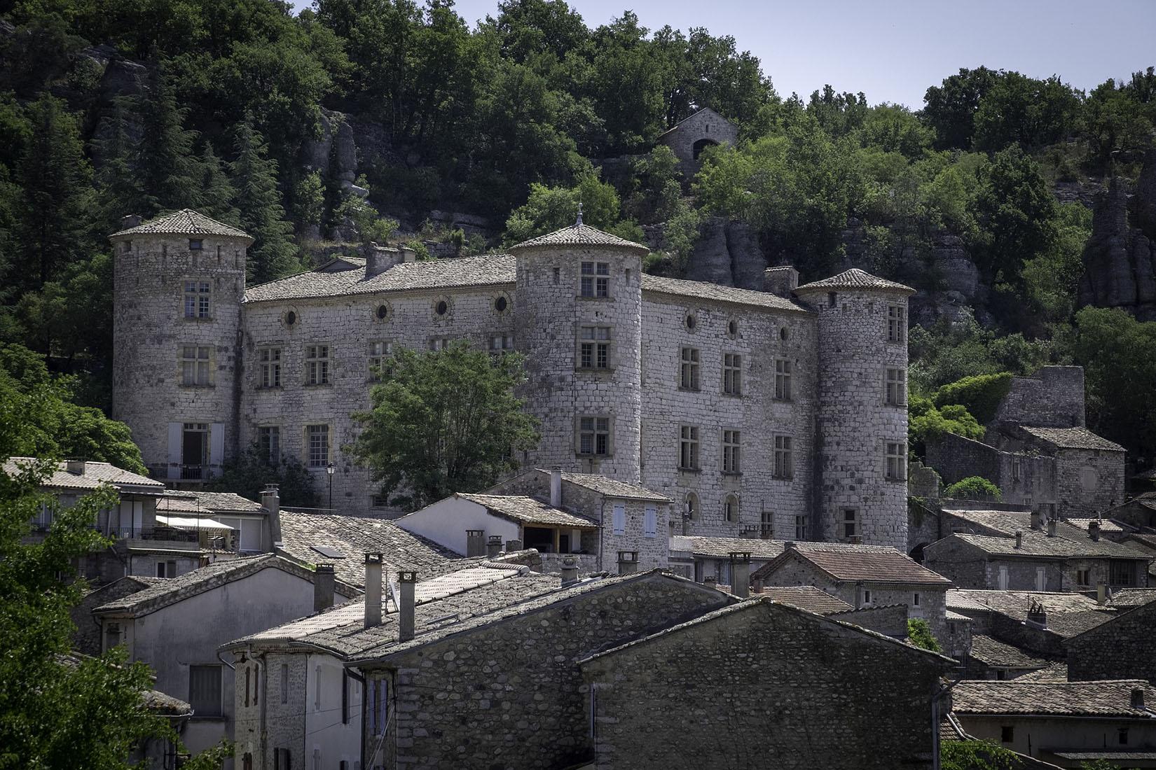 Un village en pierre d'Ardèche